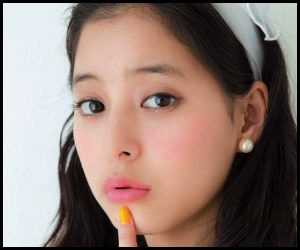 新木優子さんとももクロの気になる関係ですが、この話は昨年放送されたバラエティ番組『行列のできる法律相談所』で新木優子さんが語られました。
