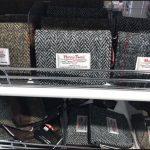ダイソー100均ハリスツイード手袋財布キーケースペンケース画像